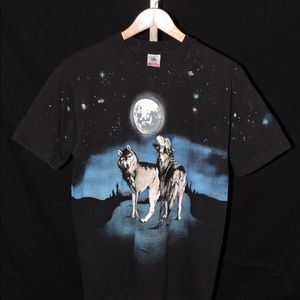 Vintage Howling Wolves Full Moon Adult T-Shirt